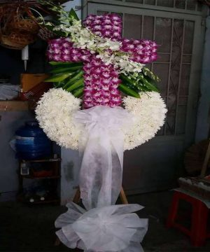 hoa chia buồn 145