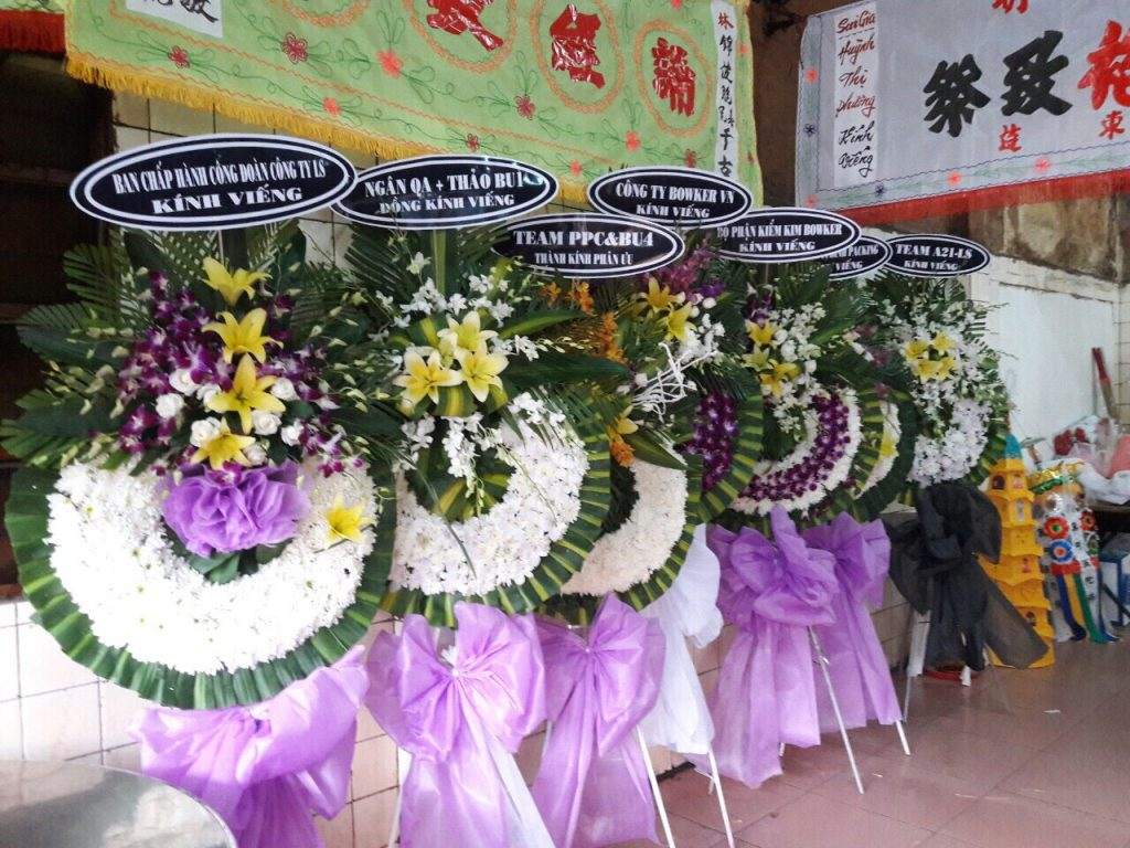 đặt hoa tang lễ tphcm 2019 1