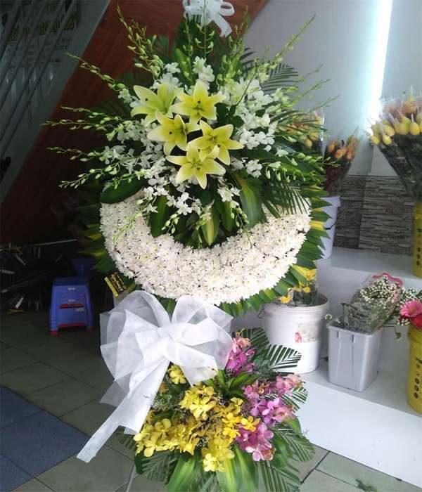 hoa chia buồn hcb 210