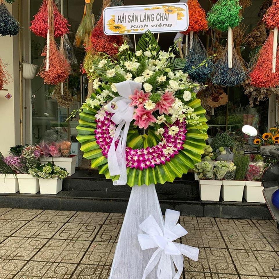 vòng hoa viếng tang lễ 2019 1