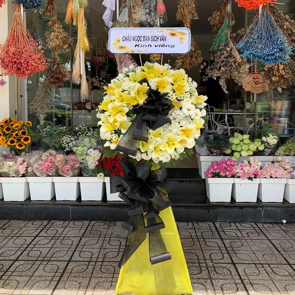 vòng hoa viếng tang lễ 2019 2