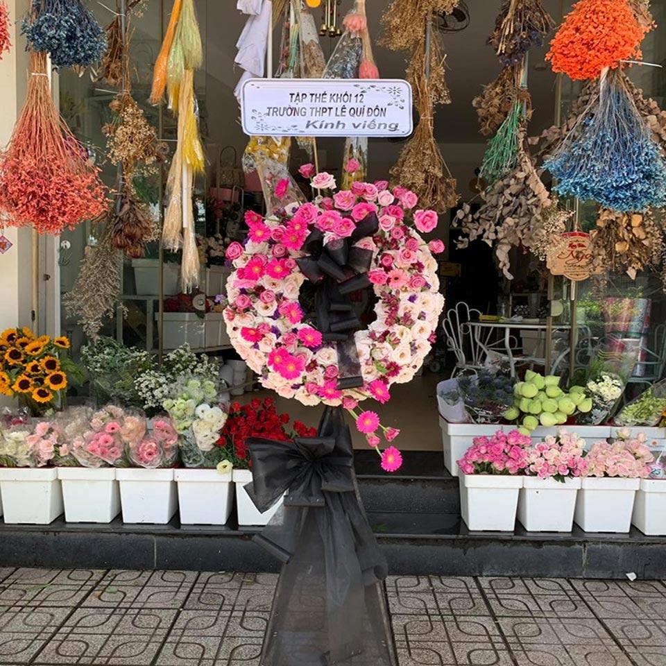 vòng hoa viếng tang lễ 2019 3