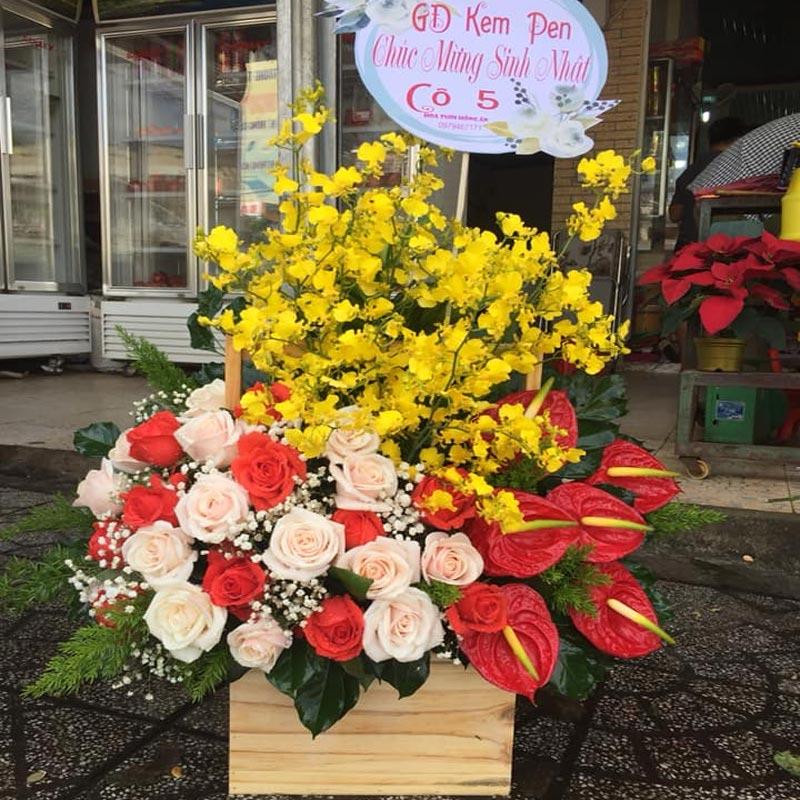 Cửa hàng hoa tươi long an
