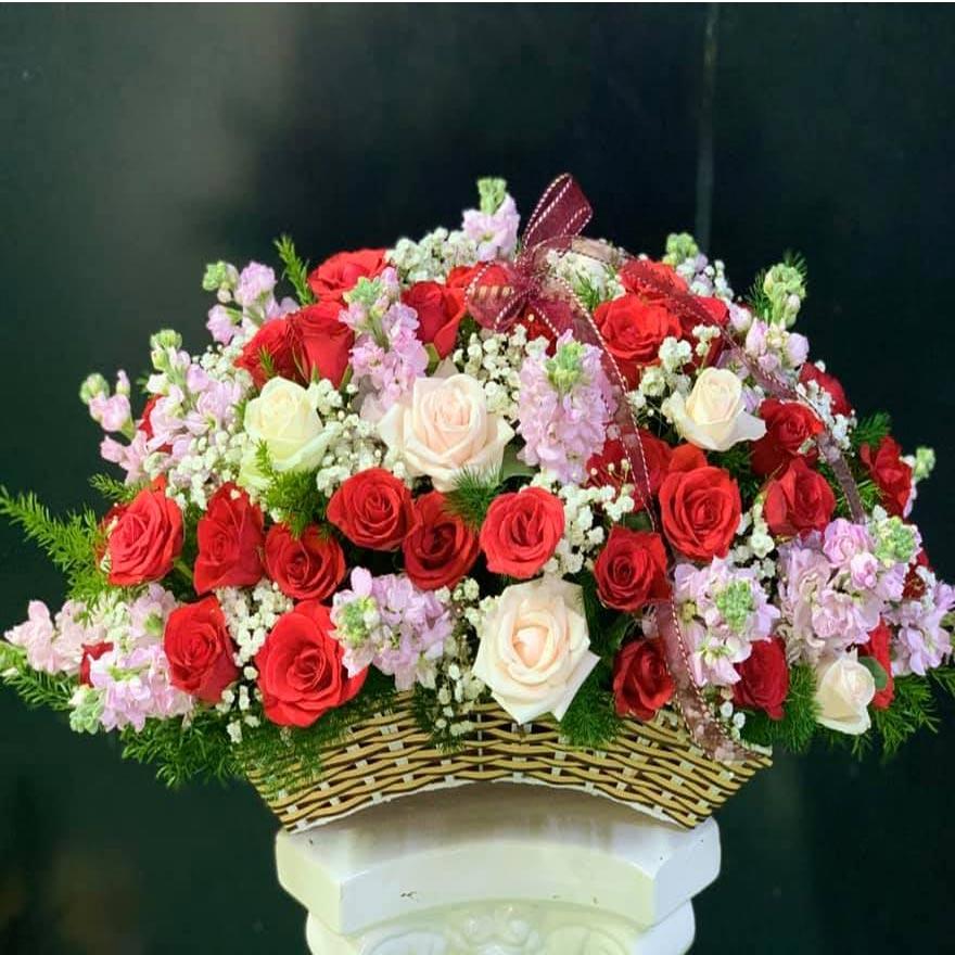 giỏ hoa tươi đẹp tại nguyễn thị thập quận 7