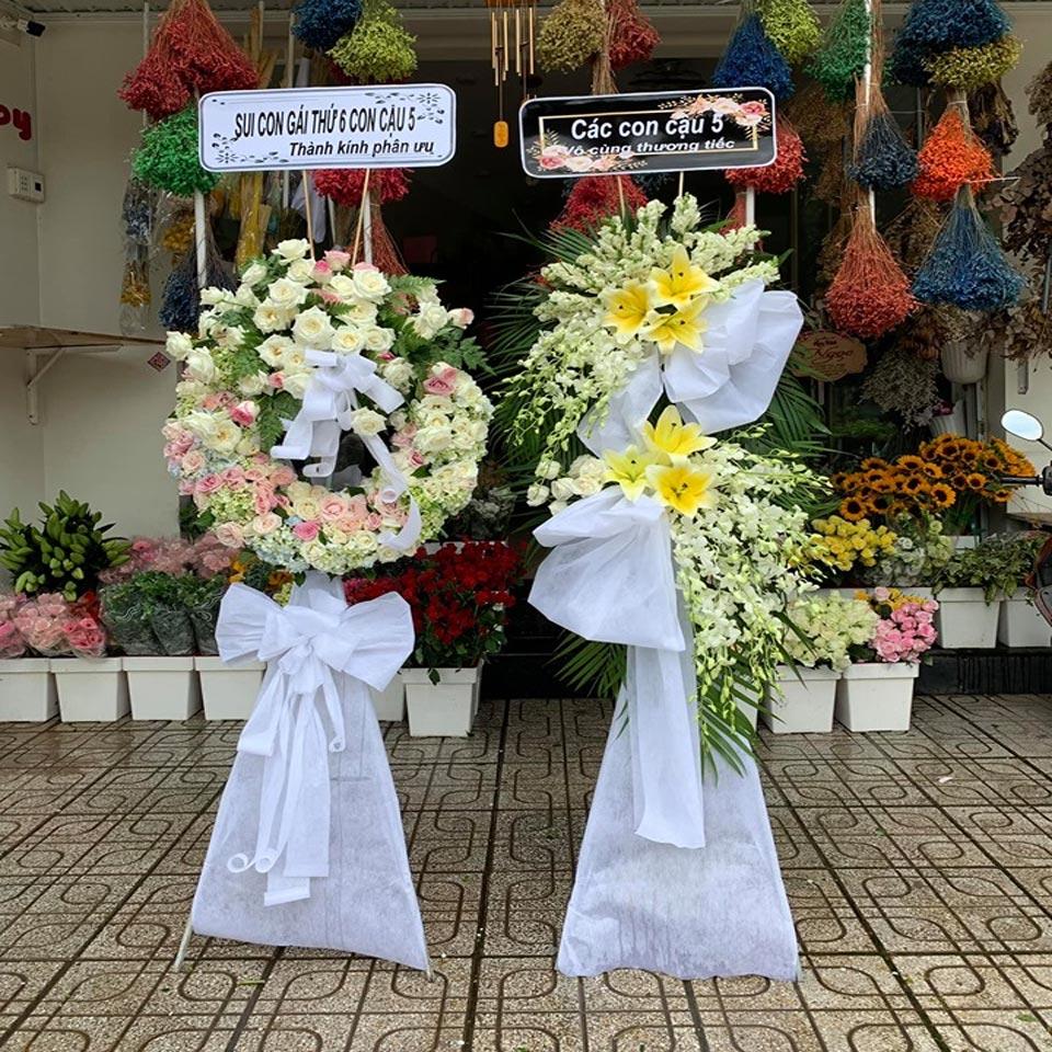 vòng hoa tang lễ tại hà nội 2019 1