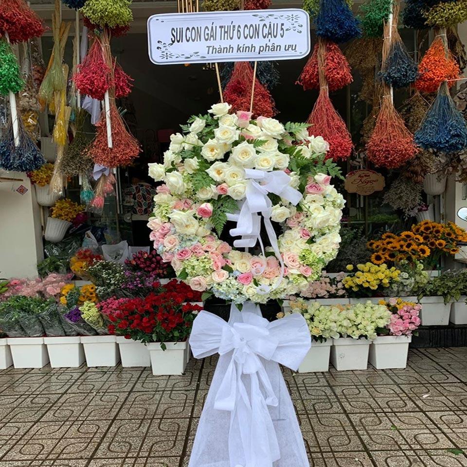 vòng hoa tang lễ tại hà nội 2019 2