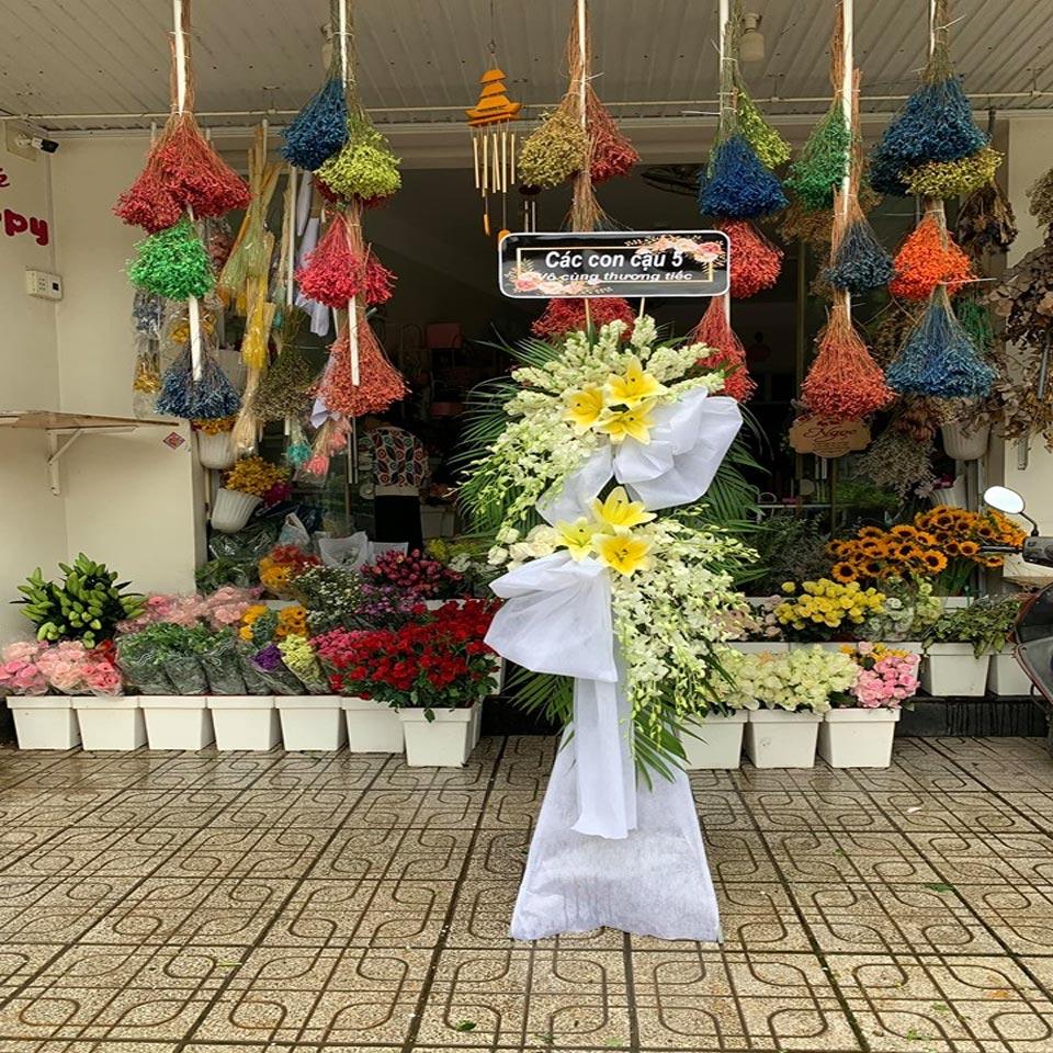 vòng hoa tang lễ tại hà nội 2019 3