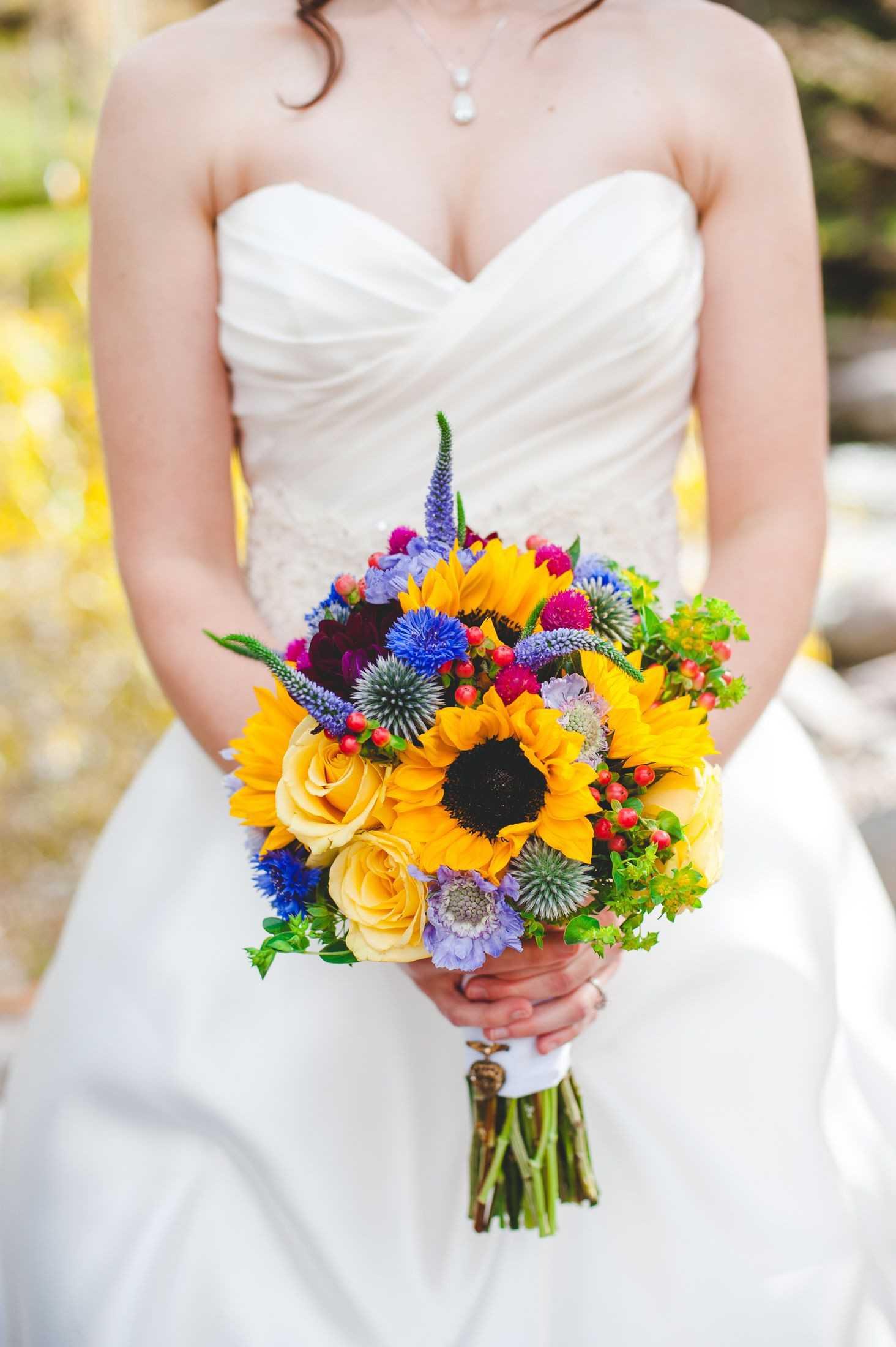 giá hoa cầm tay cô dâu 10