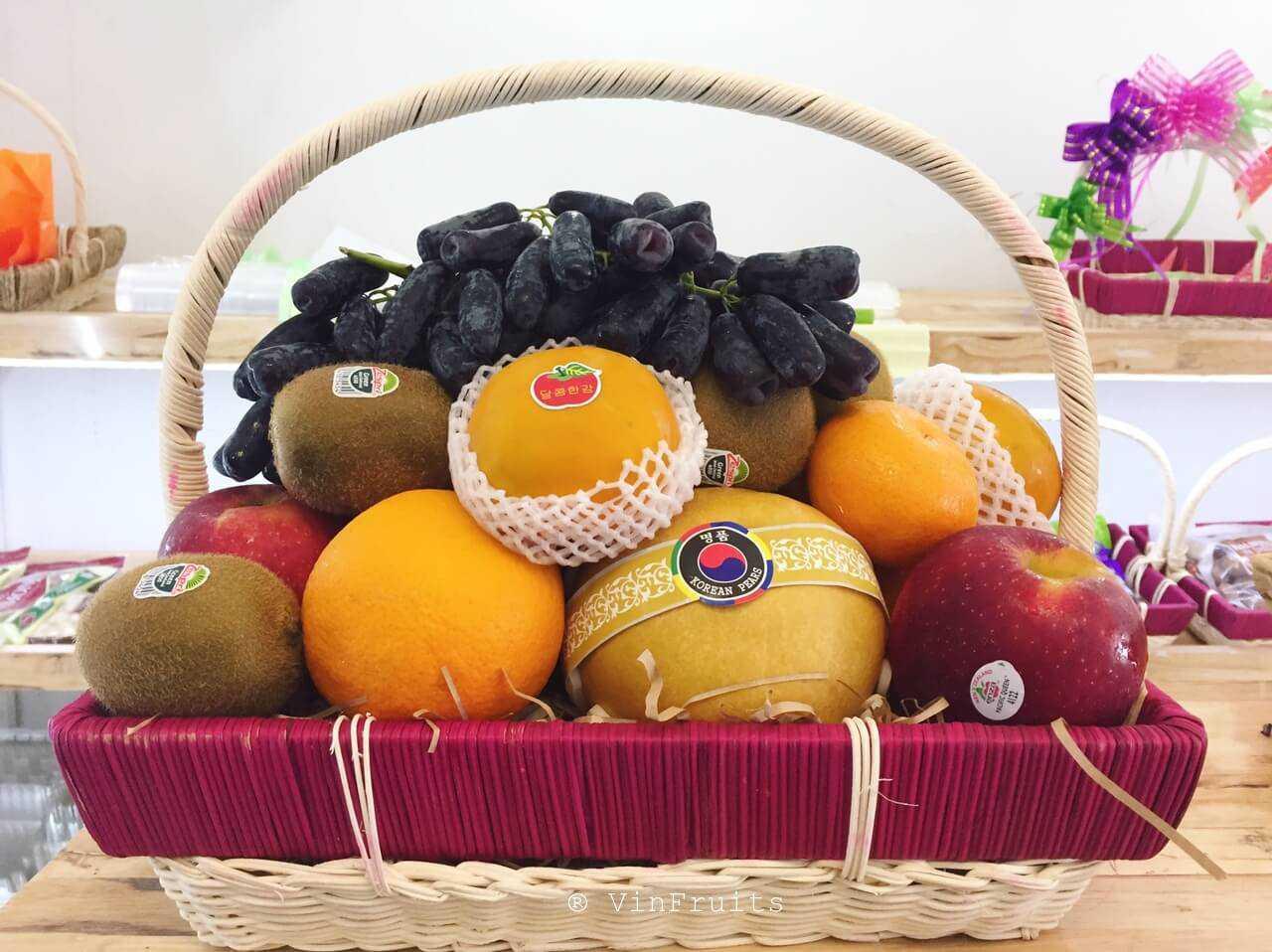 giỏ trái cây tang lễ tại Hoa Tươi Văn Nam