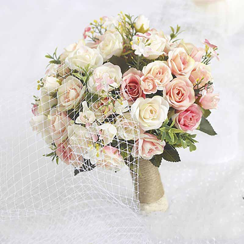 Hoa cưới cầm tay giá bao nhiêu?