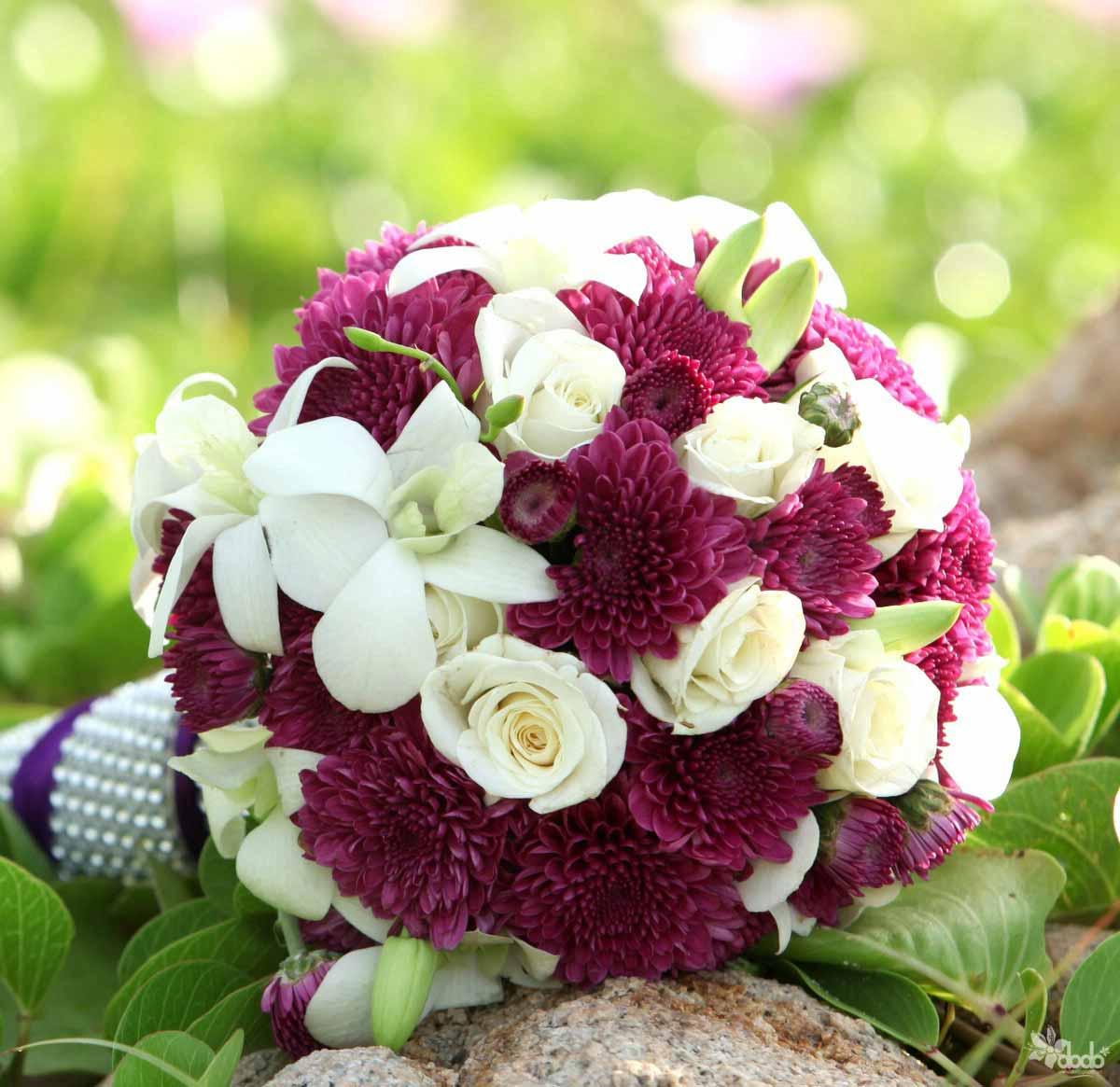 hoa cưới lãng mạng