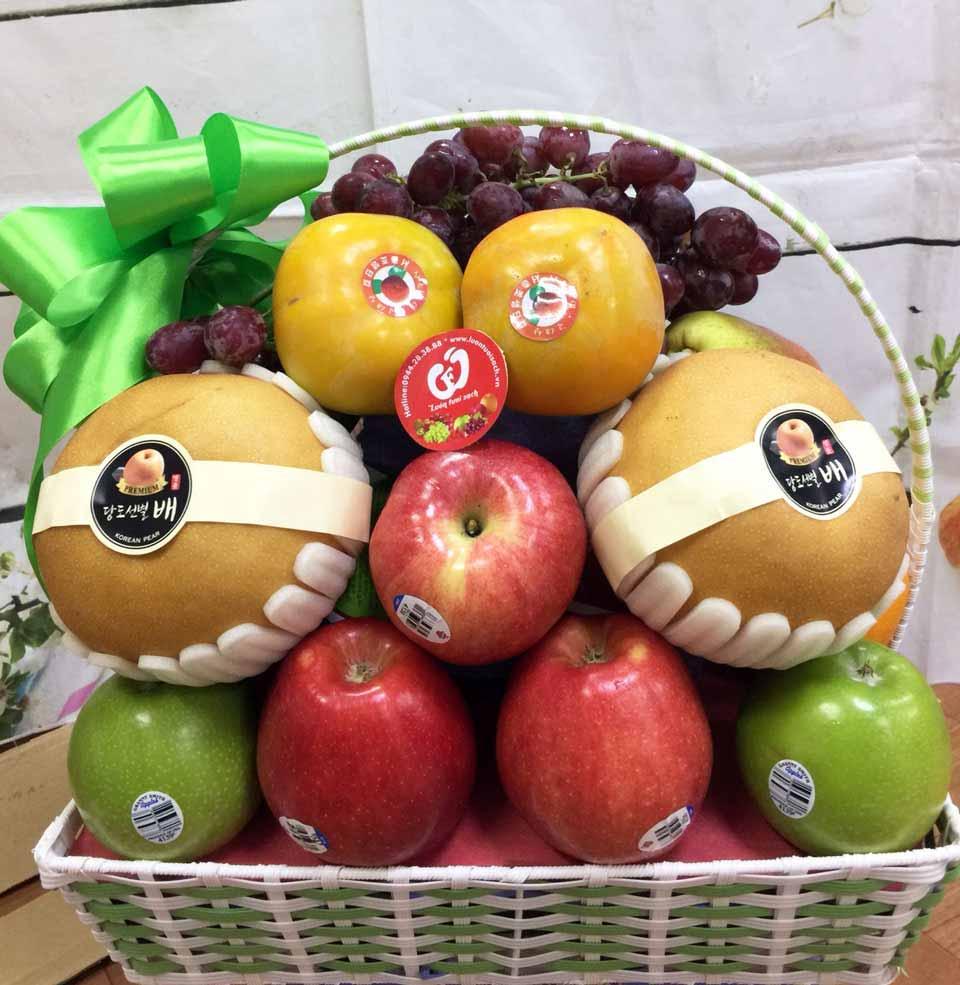 Lựa chọn giỏ trái cây để đi viếng thăm người đã khuất