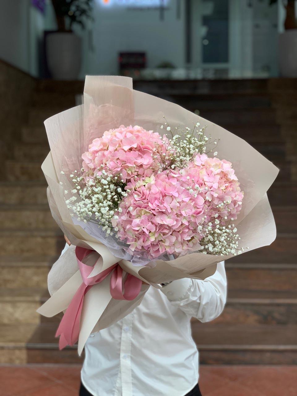 Hoa cẩm tú cầu ngày cưới