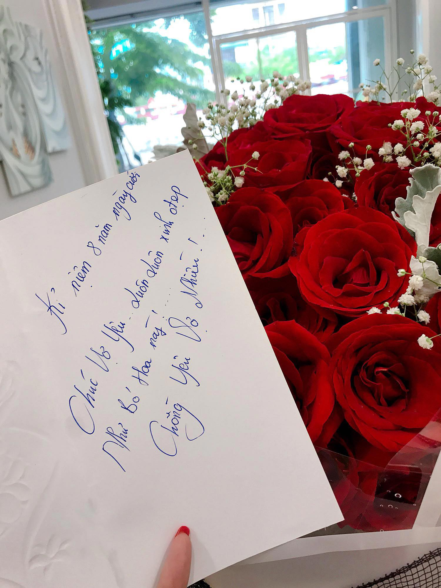 Hoa kỷ niệm ngày cưới