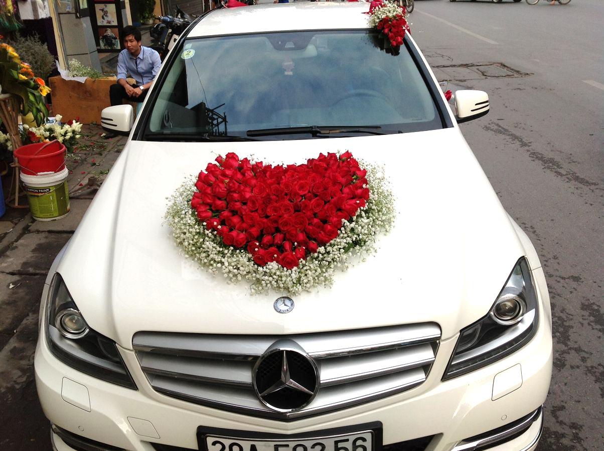 Xe hoa baby và hồng đỏ