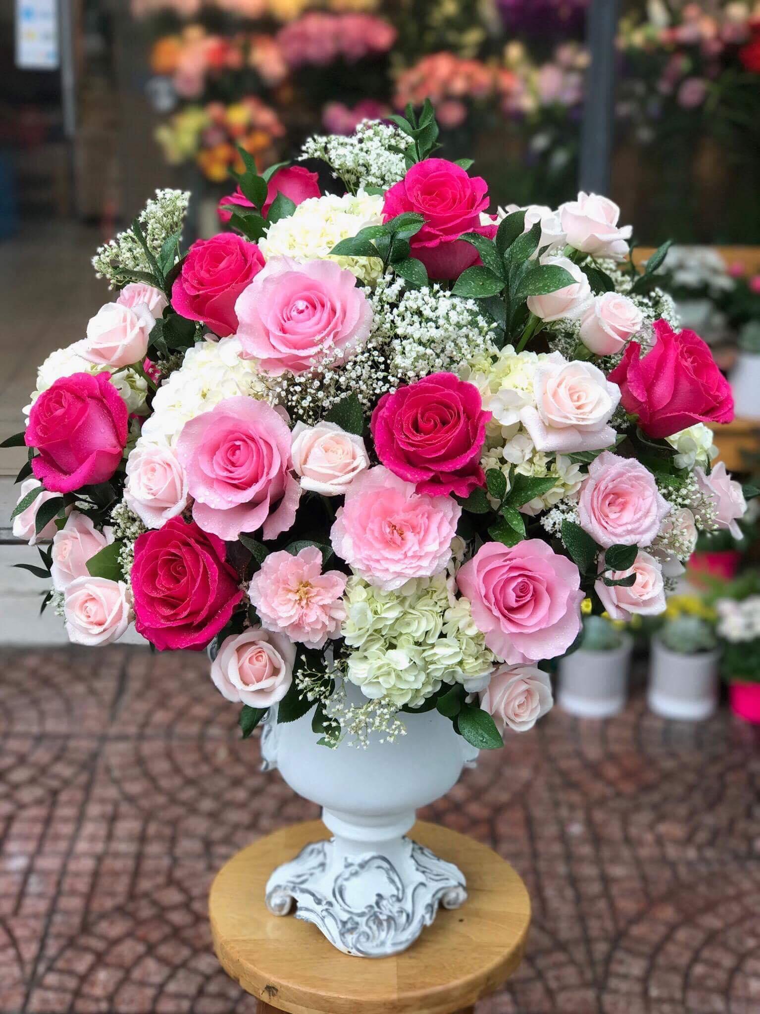 Giá giỏ hoa tươi, bình hoa tươi tại Hoa Tươi Văn Nam
