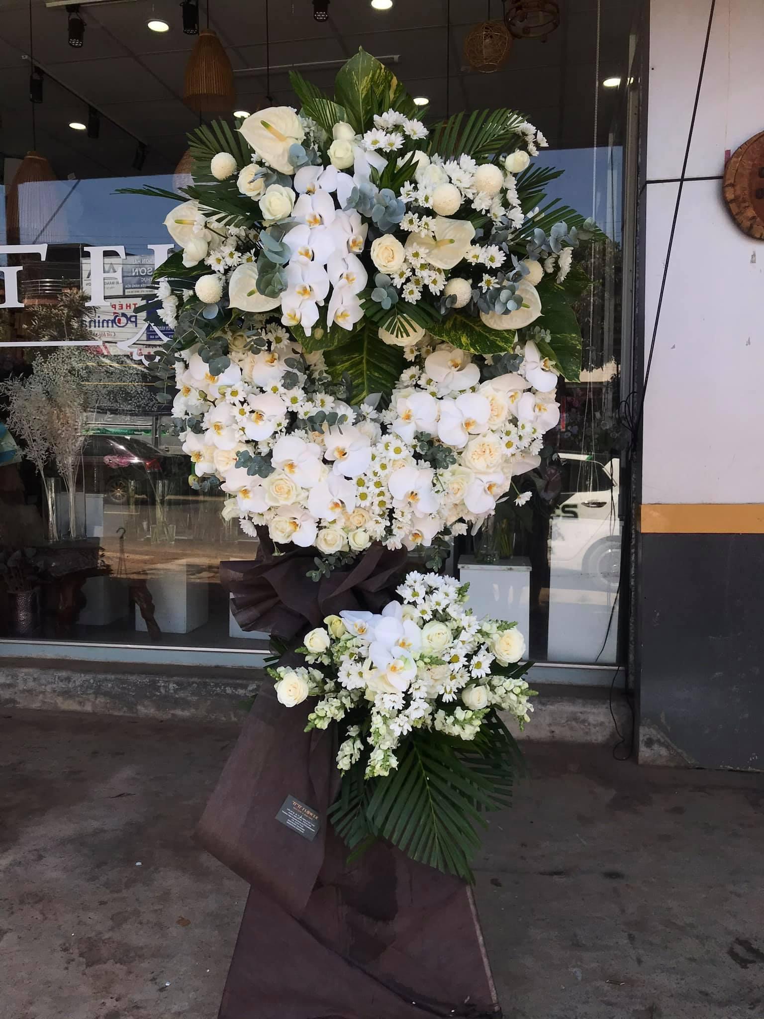 Hoa chia buồn đẹp, giá rẻ